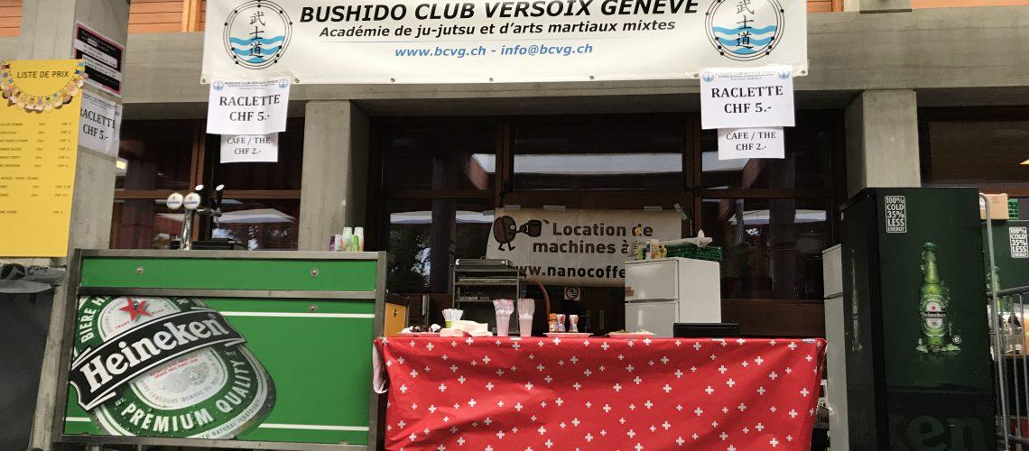 Un stand raclette aux promotions de Versoix
